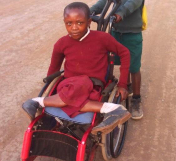タンザニア少年2