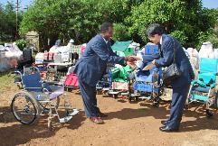 ethiopia2011.10贈呈式fig3